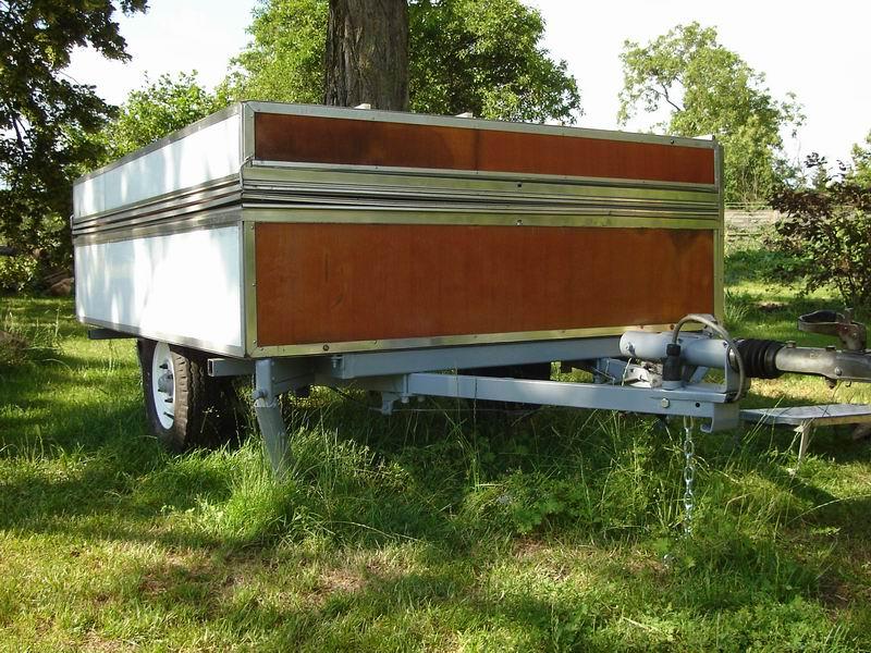 Exceptionnel Rapido confort, la caravane pliante en bois | Dans une contrée du  EX81
