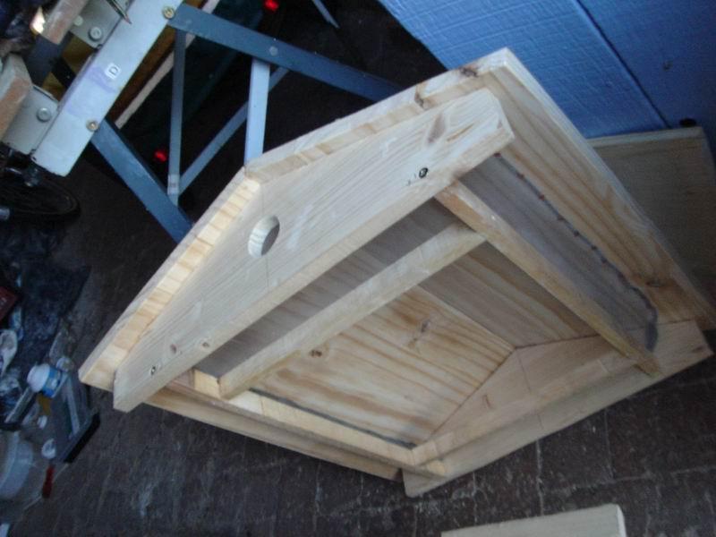 auto construction ruche apicole de type abb warr dans une contr e du perche. Black Bedroom Furniture Sets. Home Design Ideas
