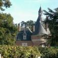 Découverte du chateau de Maillebois, grande propriété, et ouvrage imposant (mais 2 fois plus petit que sa batisse médiévale), époque XVIème, en fond de vallon avec de belles couleurs de...